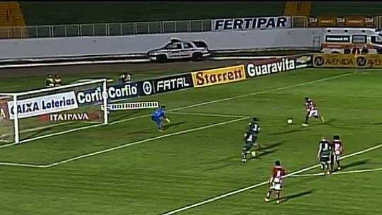 Fernando Karanga perde outra boa chance para o Boa Esporte!