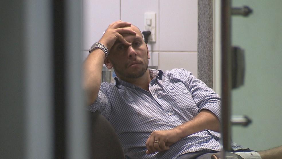 Policial civil suspeito de agressão a companheira em bar no DF — Foto: Reprodução/TV Globo