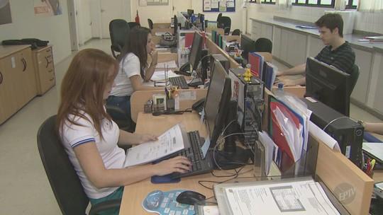 Salário pode ser até 15% maior para cada ano de estudo, diz pesquisa