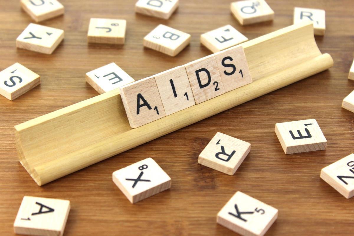 Brasil registra cerca de 40 mil casos de aids por ano desde 1980 (Foto: Nick Youngson/Creative Commons)