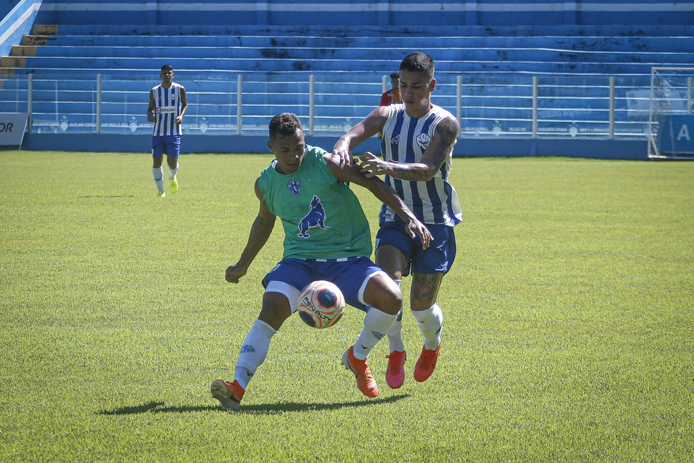 Mateus Anderson garante estar pronto para estrear com a camisa bicolor — Foto: Jorge Luiz/Ascom Paysandu