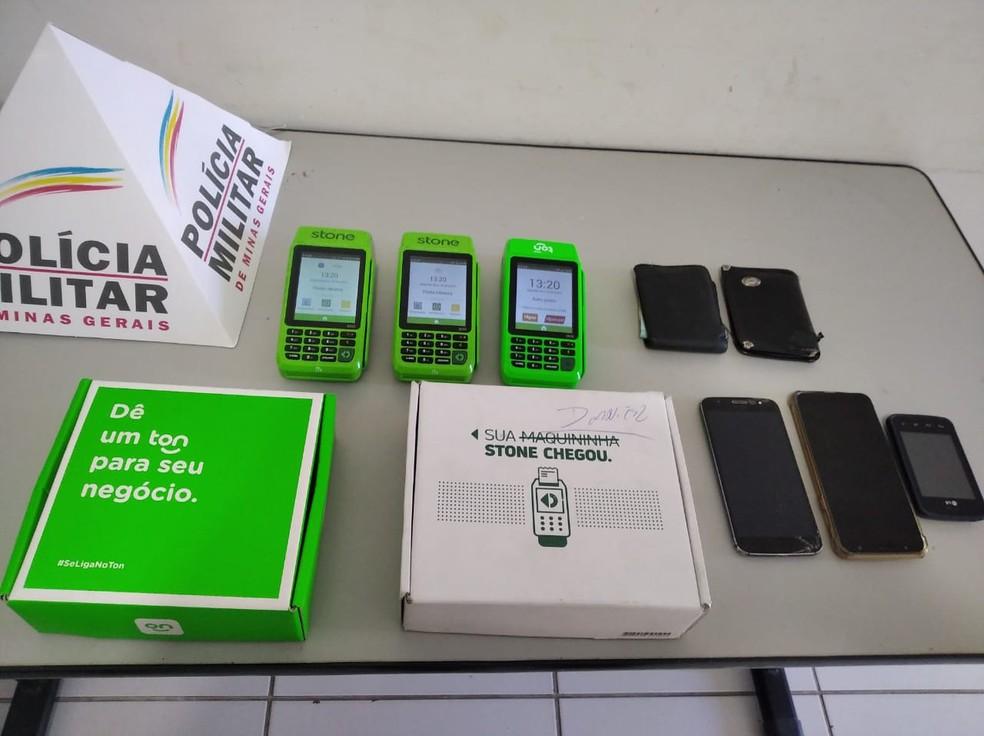 Máquinas apreendidas pela PM — Foto: Polícia Militar / Divulgação