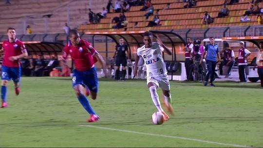 """Para jornalista, Rodrygo é melhor do que Vinicius Jr e Paulinho: """"Um pouco à frente"""""""