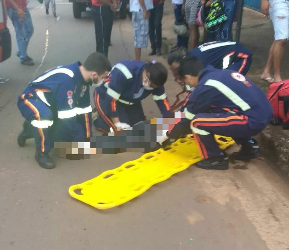 Estudante foi atropelada em frente à escola (Foto: Divulgação)