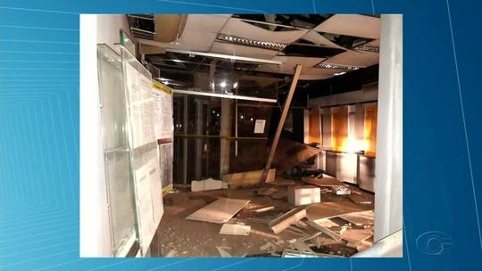 Criminosos explodem agência bancária em Poço das Trincheiras, AL