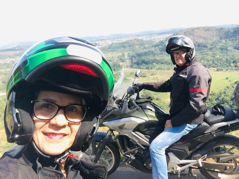 Selfie durante viagem de moto  — Foto: Reprodução/Redes Sociais