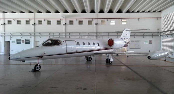 Avião que pertencia à frota do governo de MG foi vendido em março — Foto: Comissão Permanente de Alienação da Seplag/Divulgação