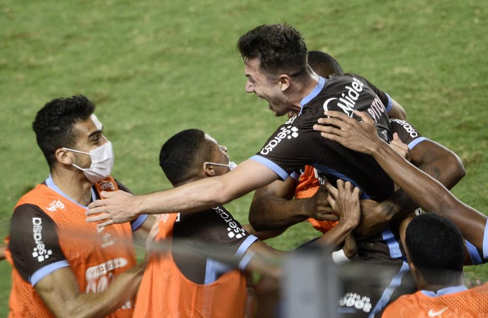 Guarani vence e Timão está matematicamente classificado para as quartas de finais do Paulistão