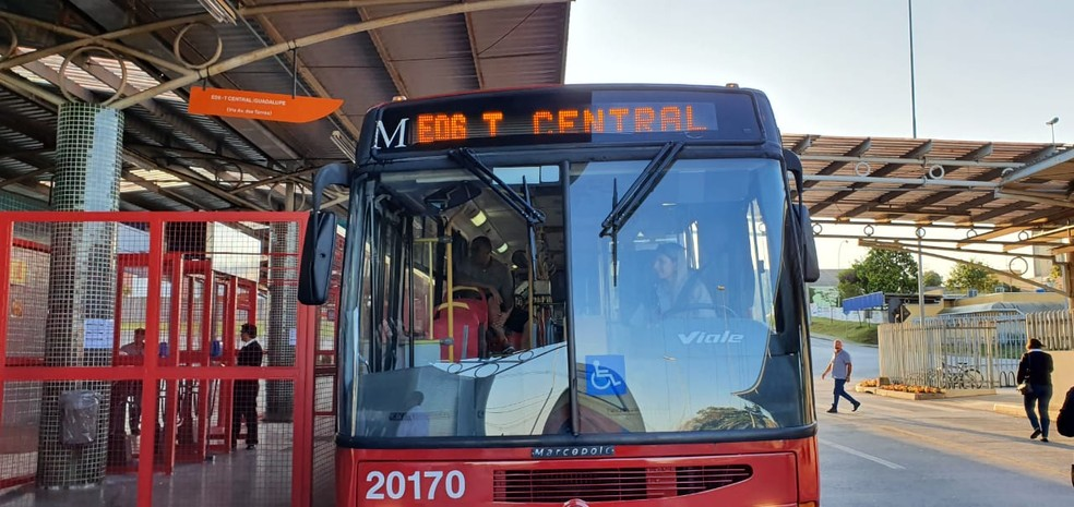 Nova linha é integrada ao sistema de transporte urbano de São José dos Pinhais — Foto: Victor Hugo Bittencourt/RPC
