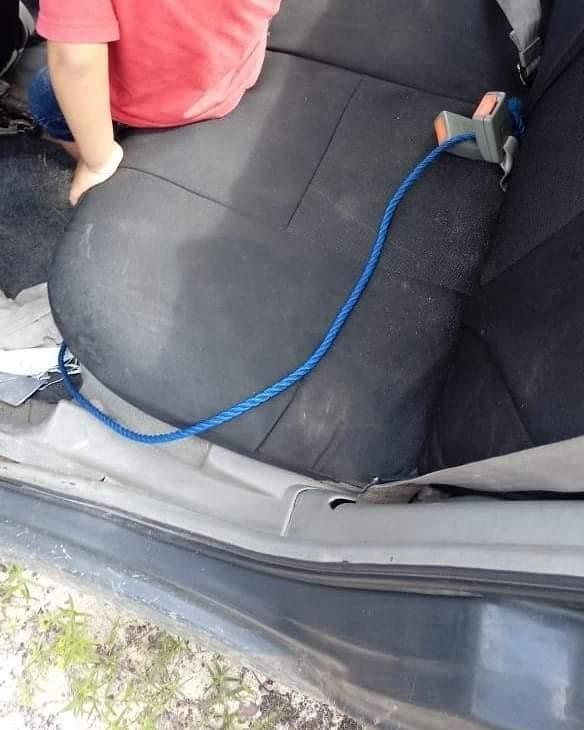 Menino de 3 anos é abandonado por tio dentro de veículo roubado, na Grande Fortaleza