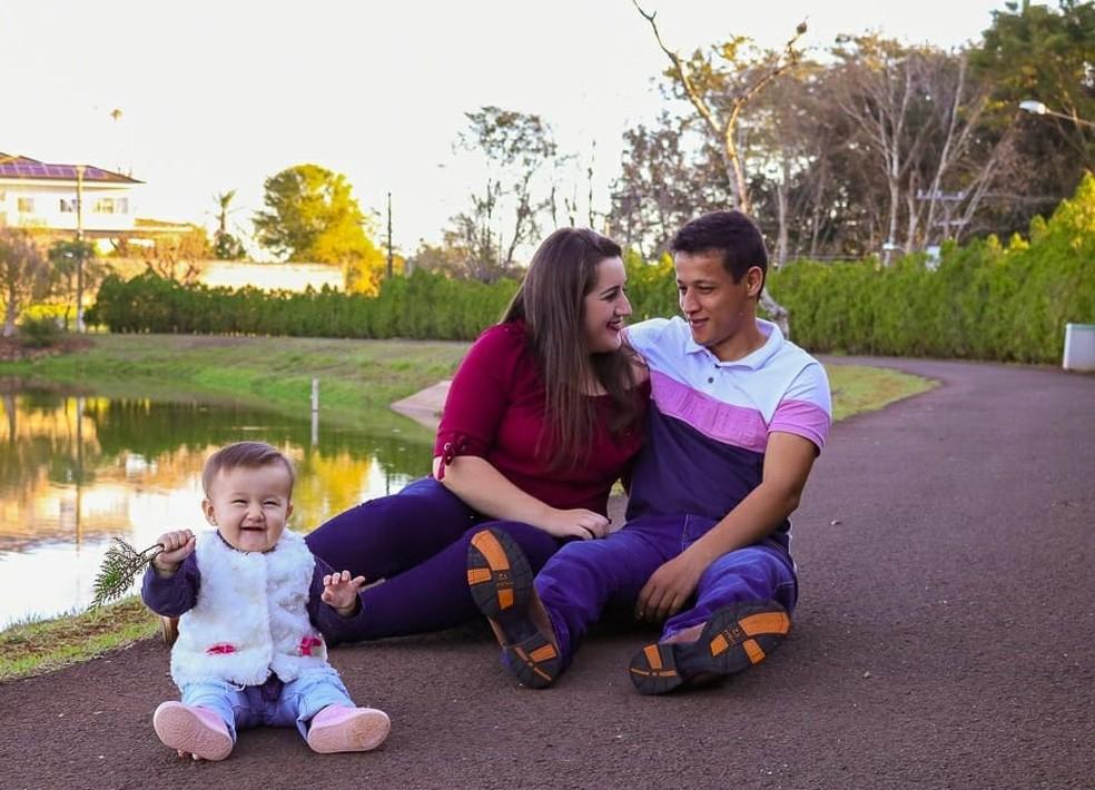 Família não resistiu aos ferimentos e morreu no local do acidente — Foto: Arquivo pessoal