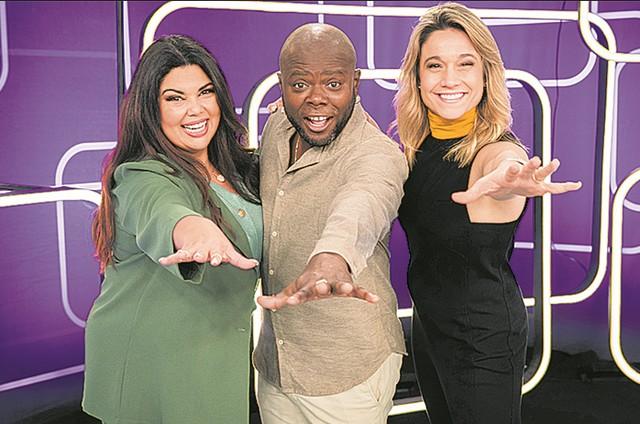 Fabiana Karla, Érico Brás e Fernanda Gentil apresentam o 'Se joga' (Foto: Victor Pollak/TV Globo)