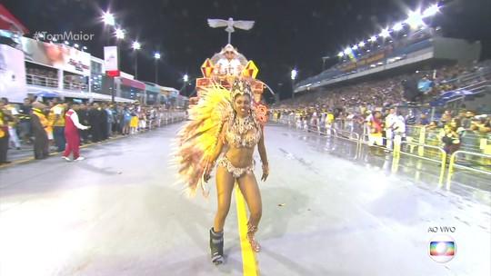 Tom Maior homenageia Elba Ramalho ao abrir carnaval de São Paulo