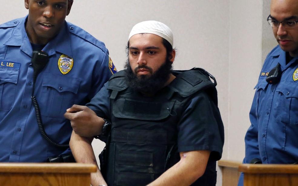 -  Ahmad Khan Rahimi, acusado de colocar bombas em Nova Jersey e Nova York, em foto de 20 de dezembro de 2016  Foto: AP Photo/Mel Evans
