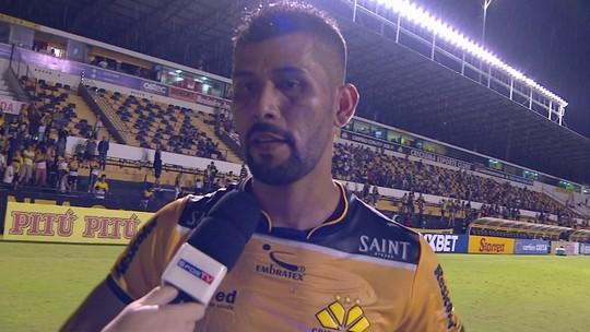 "Marlon fala sobre a derrota do Criciúma: ""Difícil explicar"""