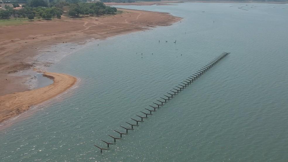 Estação ferroviária de Rubineia foi inundada para construção de barragem de usina — Foto: Reprodução/Tv Tem