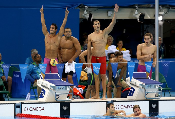 Revezamento 4x100 metros medley Brasil (Foto: Satiro Sodré/SSPress)