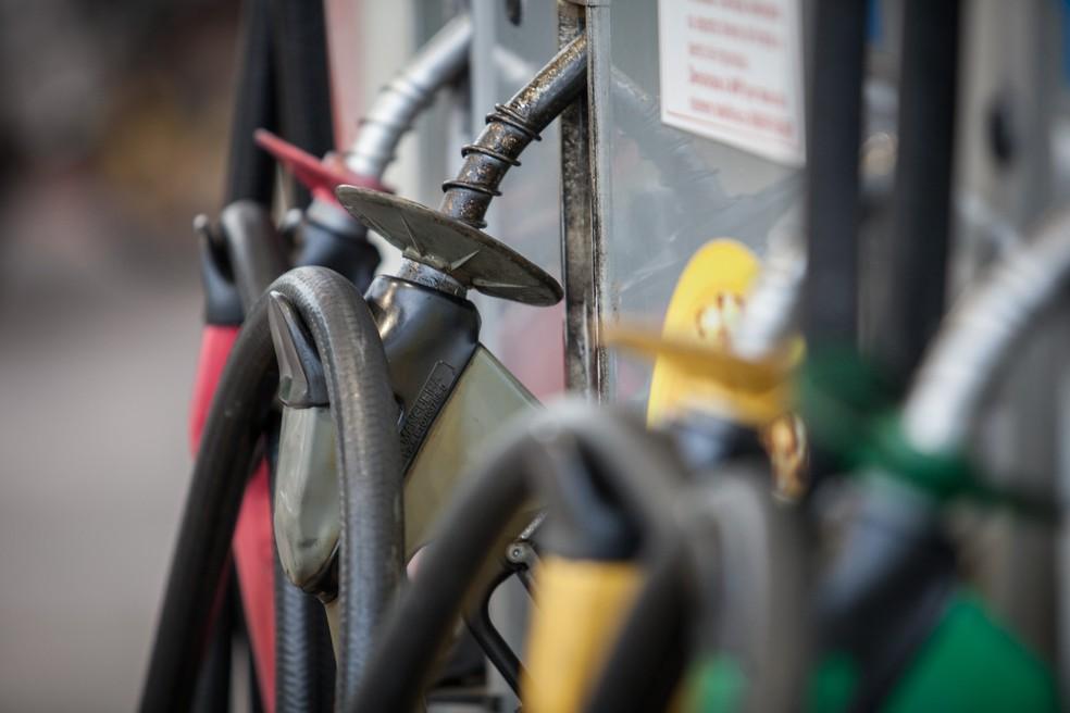 Bombas de gasolina de posto na zona sul de São Paulo — Foto: Marcelo Brandt/G1