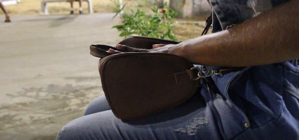 Faxineira que pulou de prédio após ser estuprada disse que não consegue mais trabalhar — Foto: Catarina Costa/G1