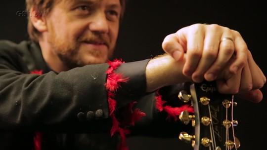 André Frateschi abre sua intimidade musical e fala da família: 'Sou o rei de fazer castelo'