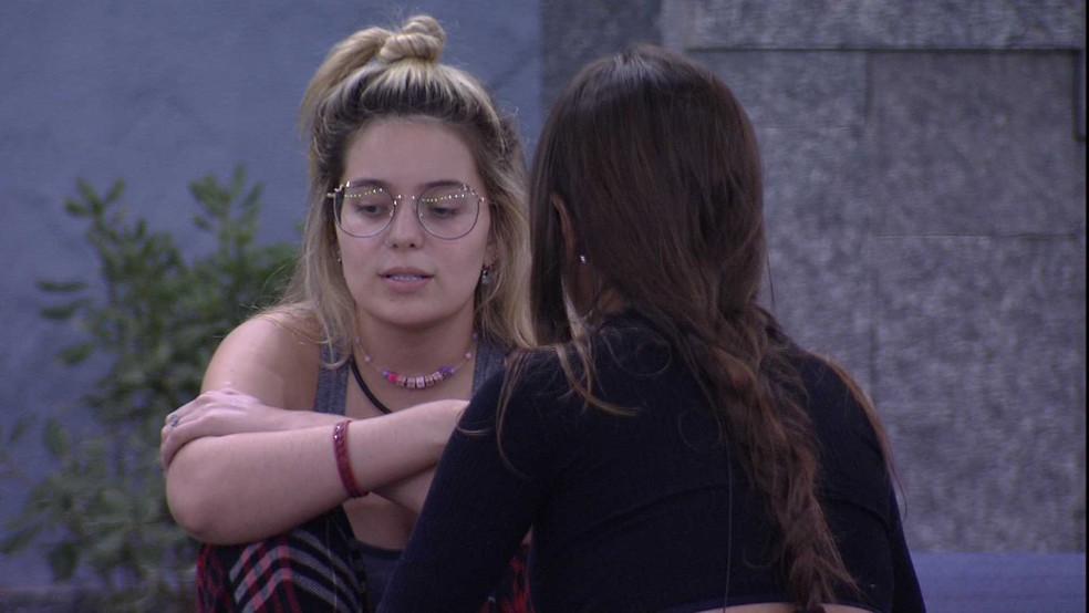 BBB21: Viih Tube fala sobre Carla Diaz para Thaís  — Foto: Globo