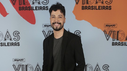 Arlindo Lopes, de 'Malhação', fala da amizade entre Getúlio e Mel: 'Chuva de likes'