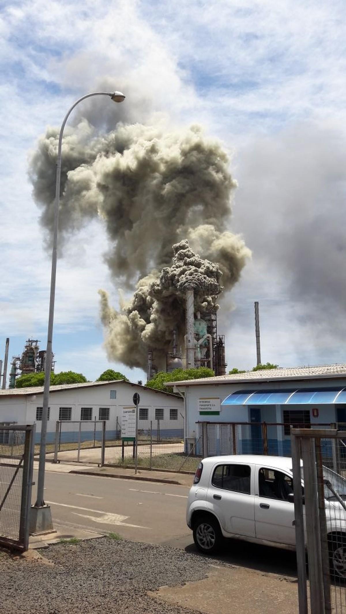 Dois dias após falha, Replan está com parte da produção parada, diz Petrobras
