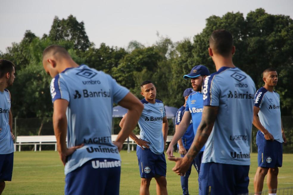Guilherme Azevedo, novidade no grupo do Grêmio — Foto: Eduardo Moura