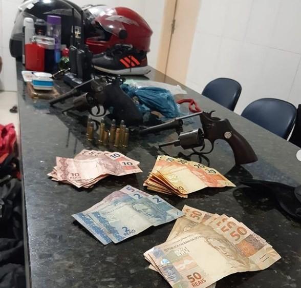 Homem é preso com armas e objetos roubados no bairro Vila Vitória, em Petrolina