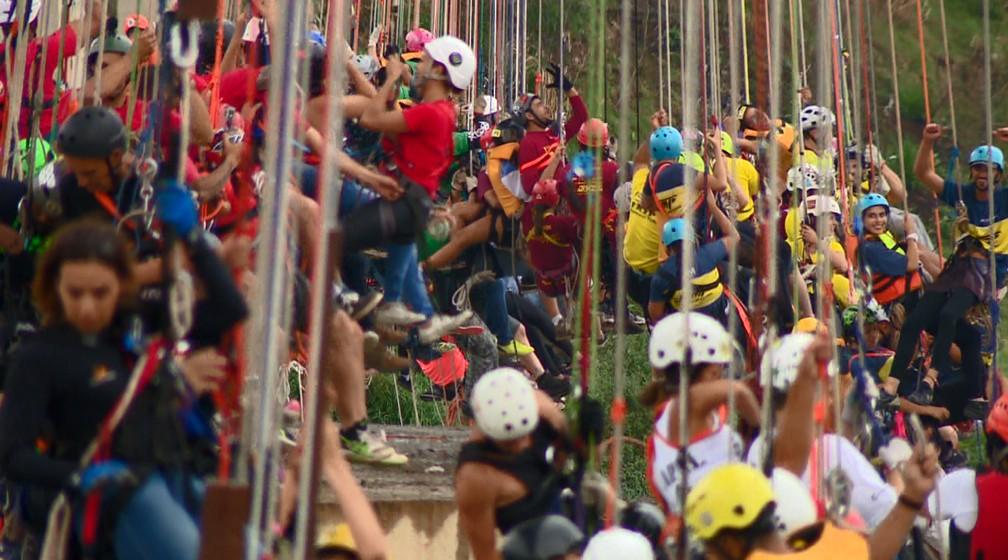 Evento em Hortolândia (SP) reuniu saltadores de diversos estados brasileiros (Foto: Reprodução/EPTV)