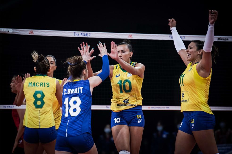 Brasil comemora ponto contra o Japão — Foto: Divulgação