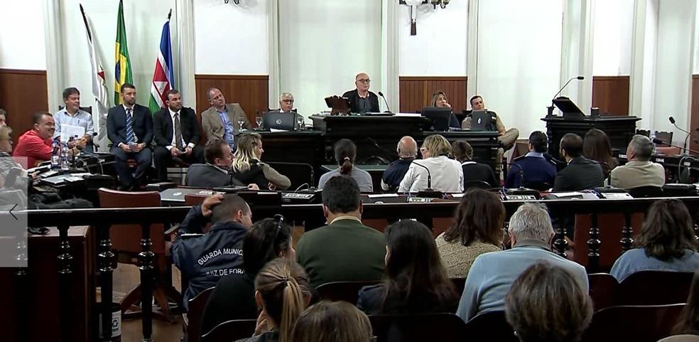 -  Audiência na Câmara Municipal discutiu problemas enfrentados pro moradores da Zona Sul de Juiz de Fora  Foto: Reprodução/TV Integração