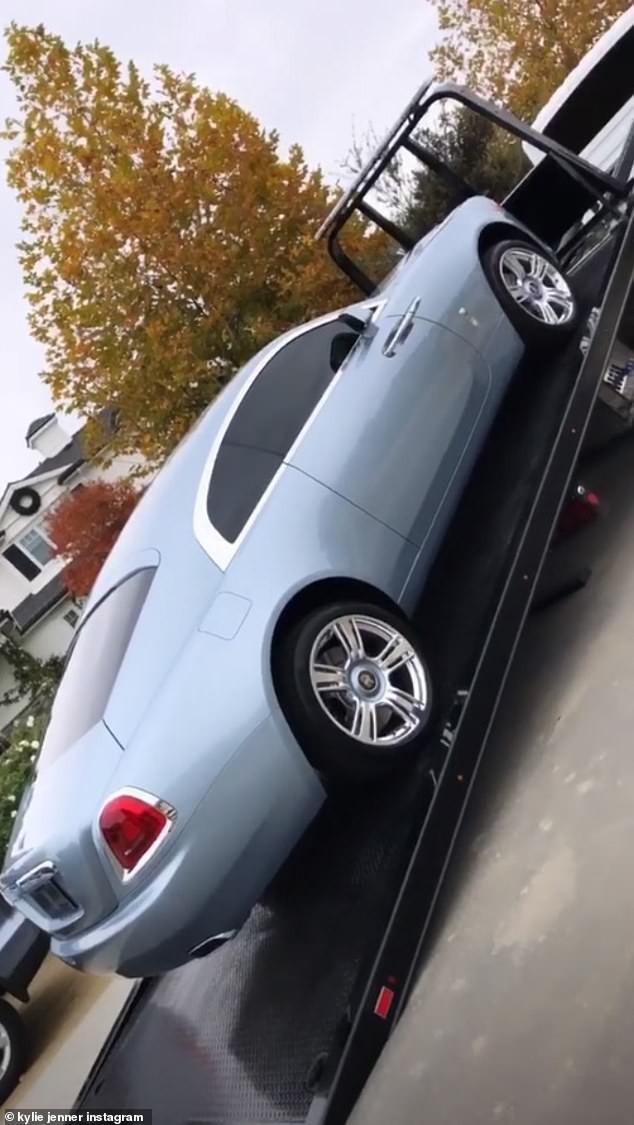 O novo carro de Kylie Jenner (Foto: Reprodução/Instagram)