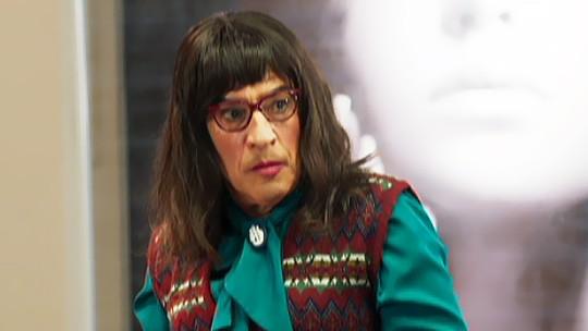 Paulo Betti faz trocadilho com sobrenome e interpreta 'Betty A Feia' em 'Tá no Ar'