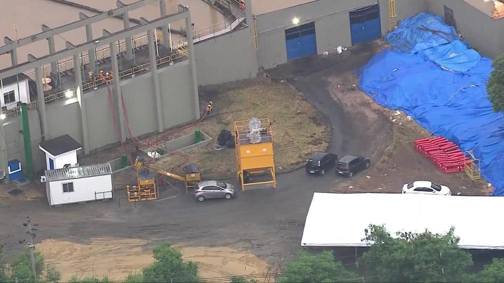 Equipamento que será usado para aplicar o carvão ativado  — Foto: Reprodução/TV Globo