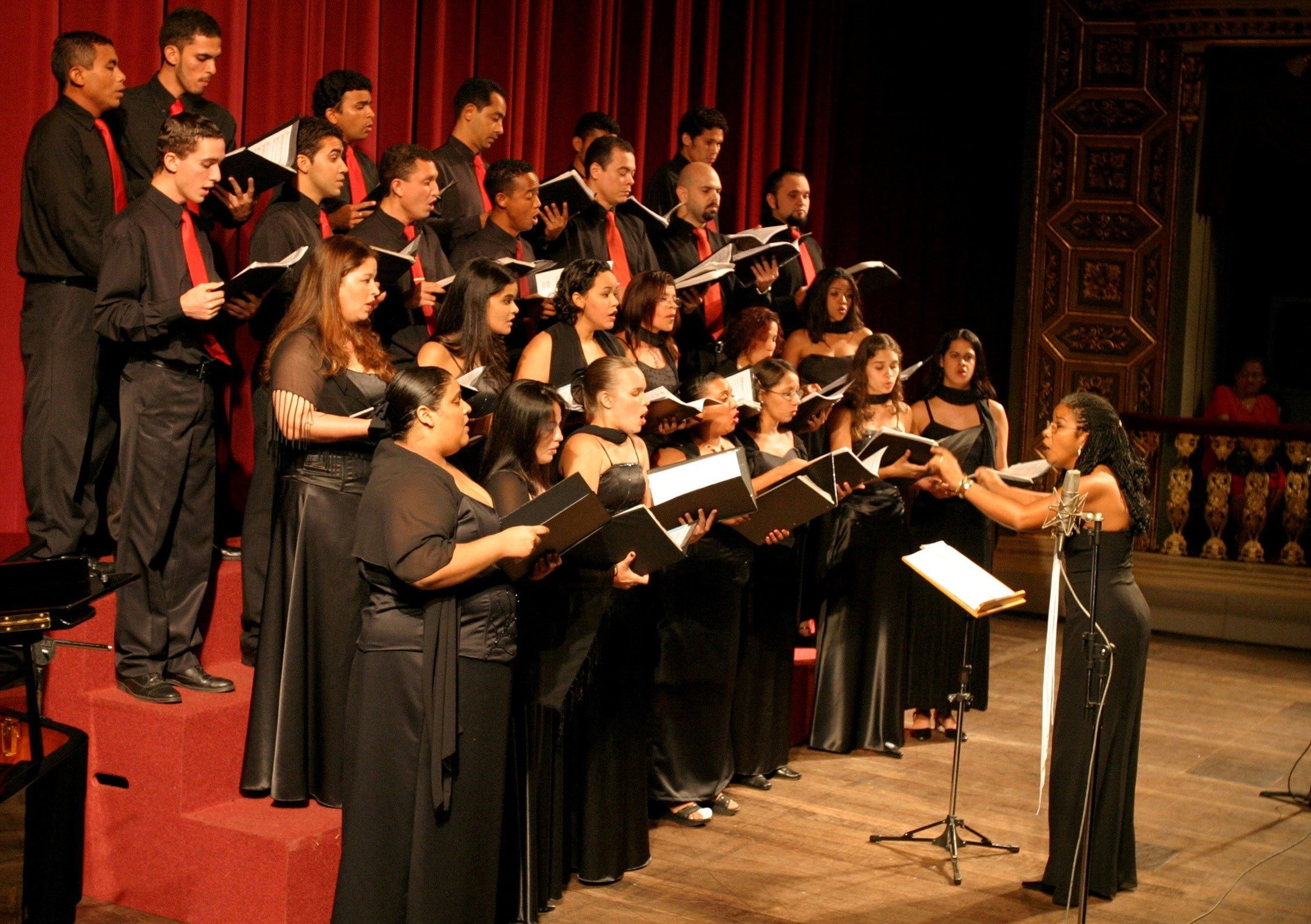 Concerto gratuito apresenta músicas sacras marianas para homenagear N. Sra. de Nazaré - Notícias - Plantão Diário