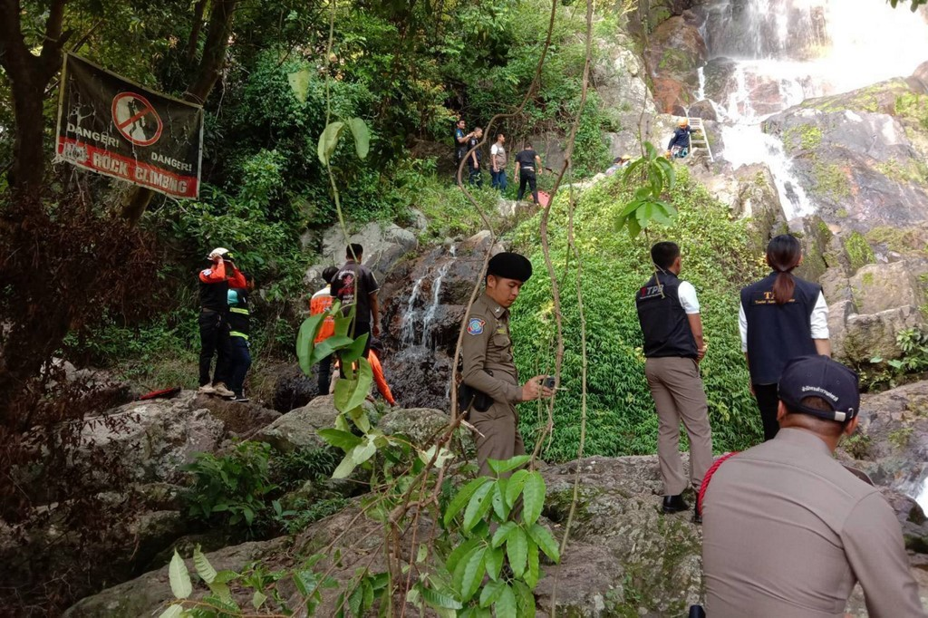Turista francês morre ao fazer selfie em cascata na Tailândia