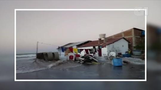 Maré enche e invade cidades no litoral Norte potiguar; veja vídeos