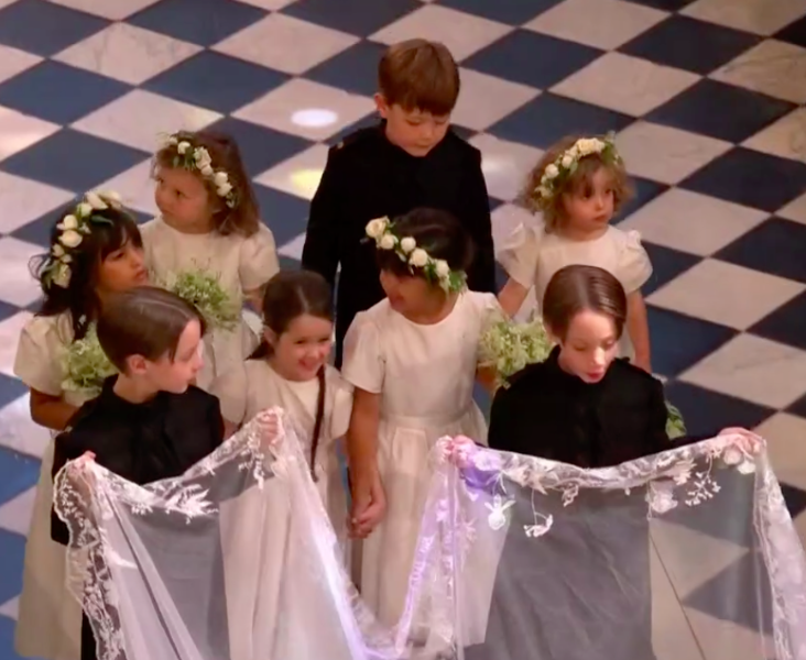 c9005b44126a2 Pajens e daminhas roubam a cena no casamento de Meghan e Harry ...