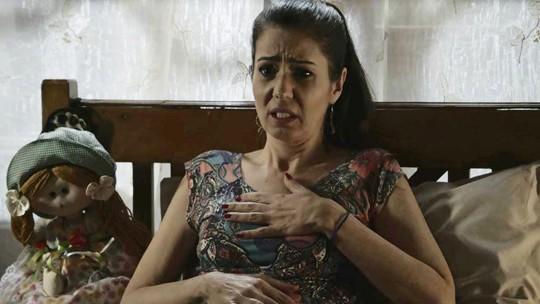 Santinha desconfia estar grávida de Fauze em 'Órfãos da Terra'