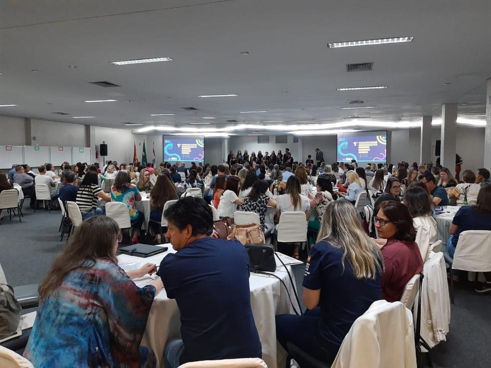 Coordenadores passam por formação nesta terça e quarta-feira para o novo modelo do Ensino Médio em SC — Foto: SED/ Divulgação