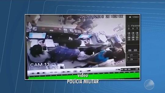 Câmera de segurança flagra assalto a clínica médica na Bahia; bandidos roubam R$ 20 mil e celulares