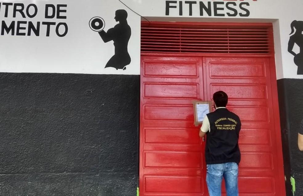 Academia interditada após fiscalização do Conselho Regional de Educação Física no RN — Foto: Divulgação