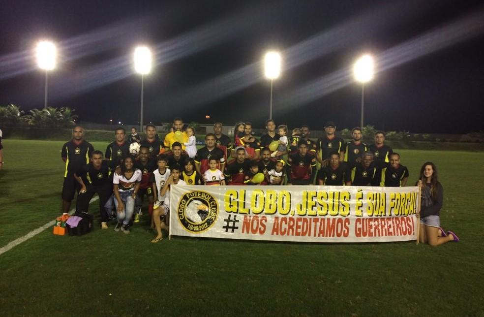 Globo FC venceu a URT nos pênaltis e garantiu o acesso à Série C 2018 (Foto: Augusto Gomes/GloboEsporte.com)