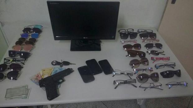 Resultado de imagem para produtos otica roubado