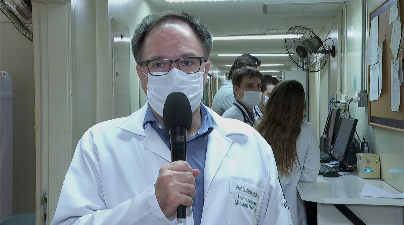 Hospital das Clínicas de Ribeirão começou atendimentos por vídeo nesta segunda-feira (14)