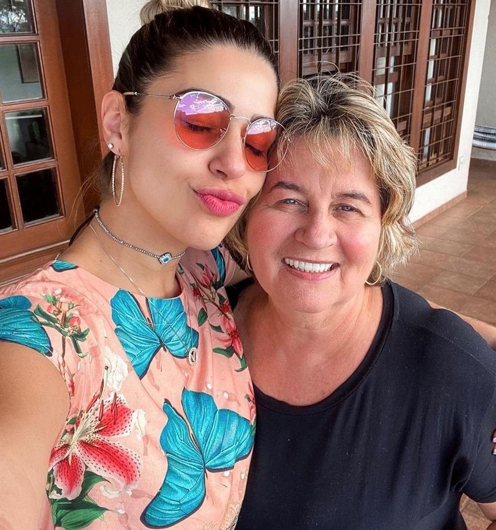 Vivian Amorim com a mãe, Vera Lúcia — Foto: Arquivo pessoal