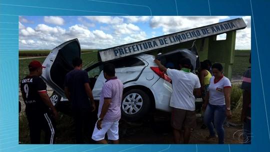 Acidente deixa vítimas na rodovia AL-220, em Limoeiro de Anadia, AL