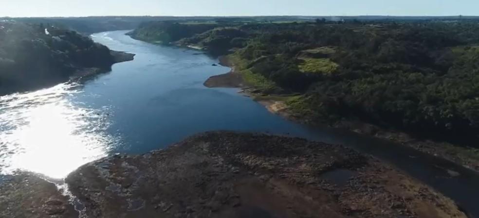 Rio Paraná é o segundo maior da América do Sul — Foto: Giovani Zanardi/RPC