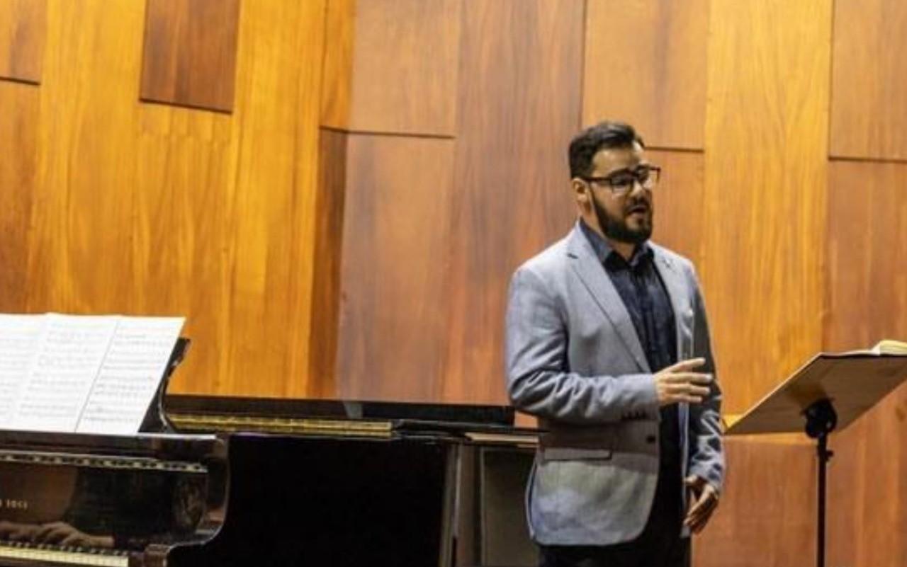 Goiano faz campanha virtual para realizar sonho de participar de festival de canto na Europa: 'Sem ajuda não consigo ir'
